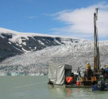 The DOSECC GLAD-200 core rig at lake Hvítárvatn